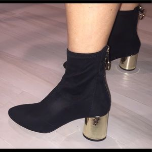 Faux suede Zara booties a gold heel. Size 36/6